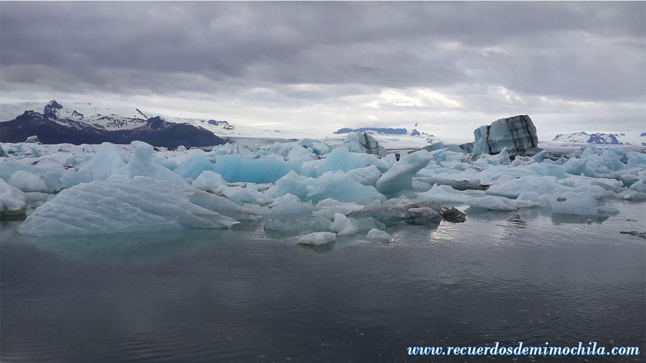 Cascada Svartifoss y la laguna glaciar Jökulsárlón