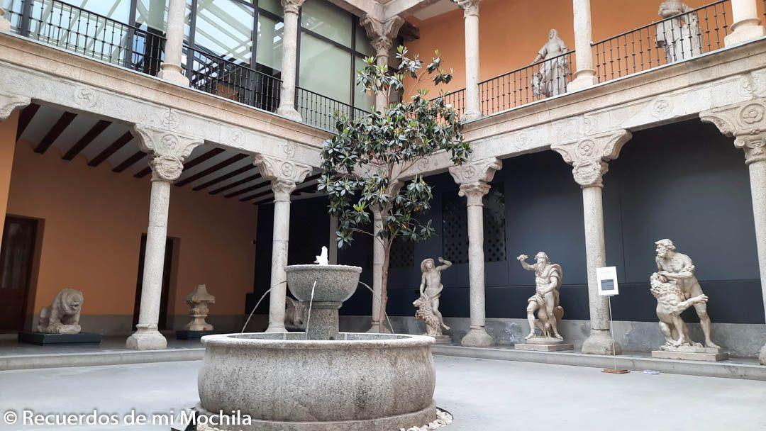 Visita al museo de San Isidro o de los Orígenes